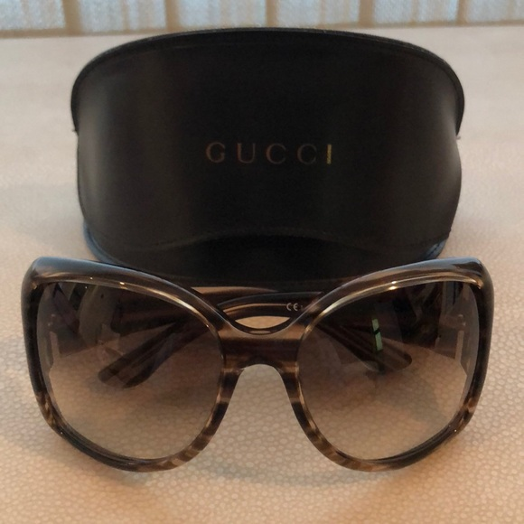 c58e0ba2fa0 Gucci Accessories - Like New Gucci Sunglasses